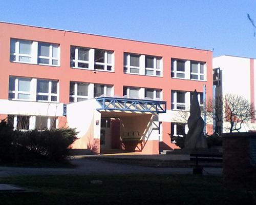 ZŠ Mezi školami